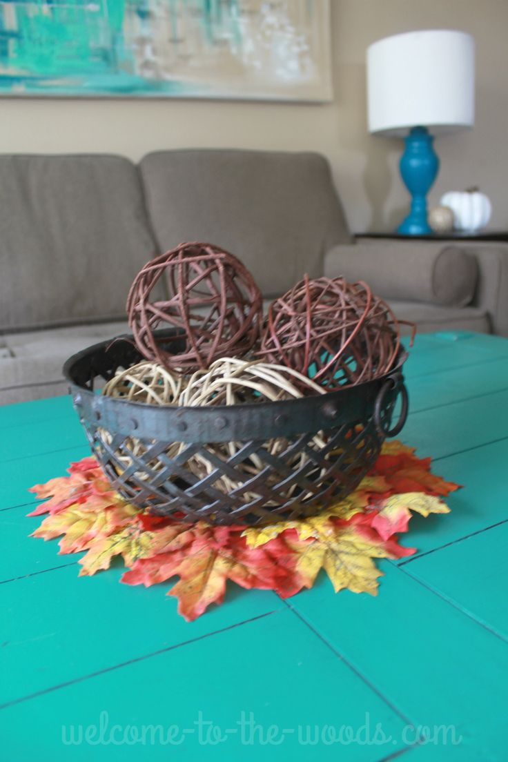 I love this fall leaves coaster idea!