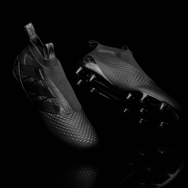 Adidas to release laceless knitted football boots in 2016