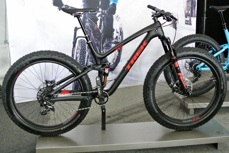 Trek Trek Farley EX: Full Suspension Fat Trail Bike with 27.5×3.8″ tires - neither the 27.5+ nor traditional fat bike classification.