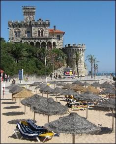 Beach in Estoril, halt an hour from Lisbon. #Portugal as it all