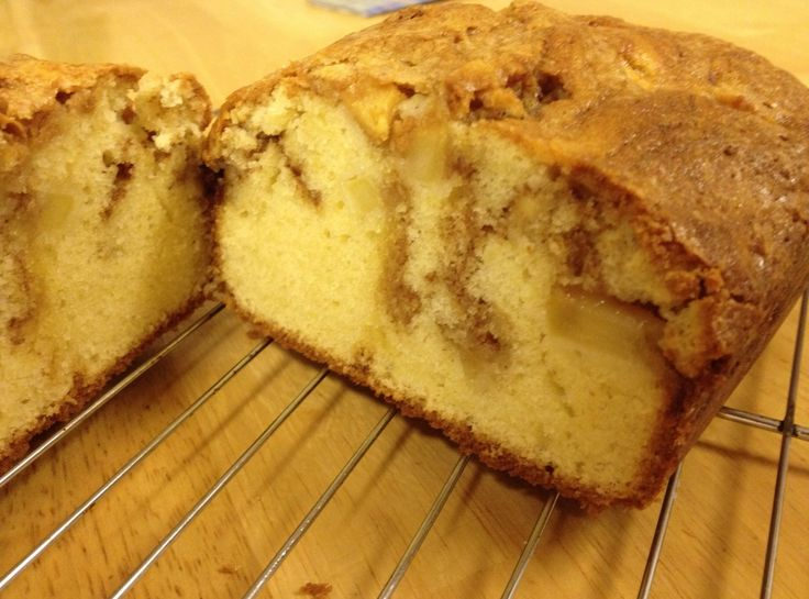 Apple Cinnamon Loaf  Delicious stuff!!! Made this yesterday and it's already half gone. Simply YUM