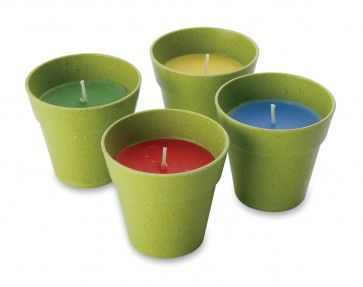 4 #Citronella kaarsen Setje van 4 citronella kaarsen Artikelnummer: ACC409 http://www.festivalking.com/be/citronella-kaars.html