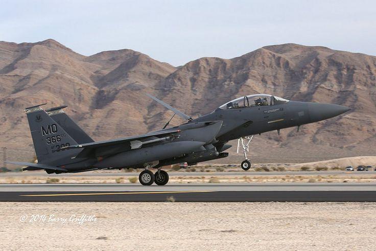 "McDonnell Douglas F-15E Strike Eagle USAF 91-0300 391st FS ""Bold Tigers"", 366th FW ""Gunfighters"", 366th OG MO Mountain Home AFB, ID"
