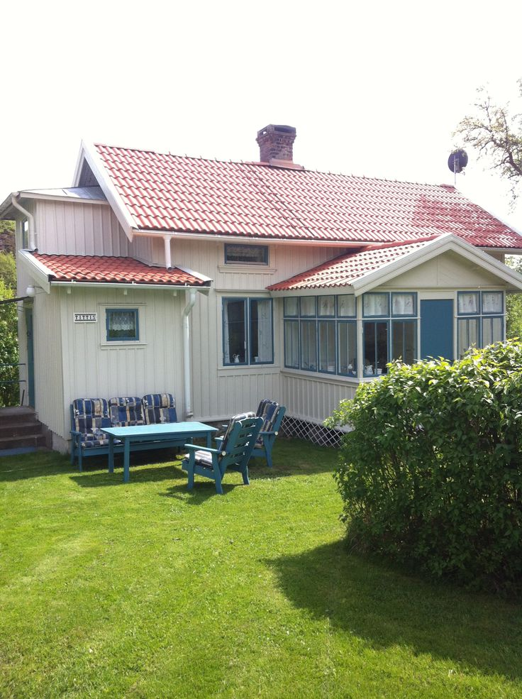 Cosy cottages for rent at Nösund Orust. Sweden  Www.kobbaroskar.com