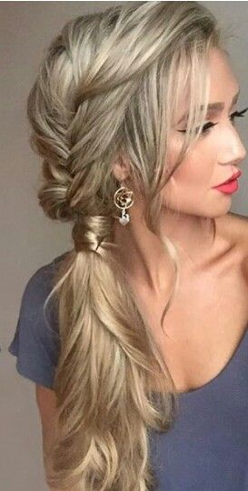 Pretty braid side pony hairstyle
