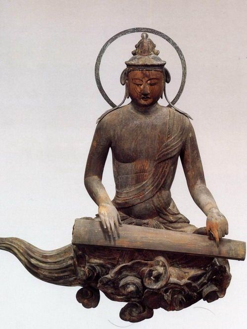 Cloud memorial Bodhisattva - Byodoin Temple -08