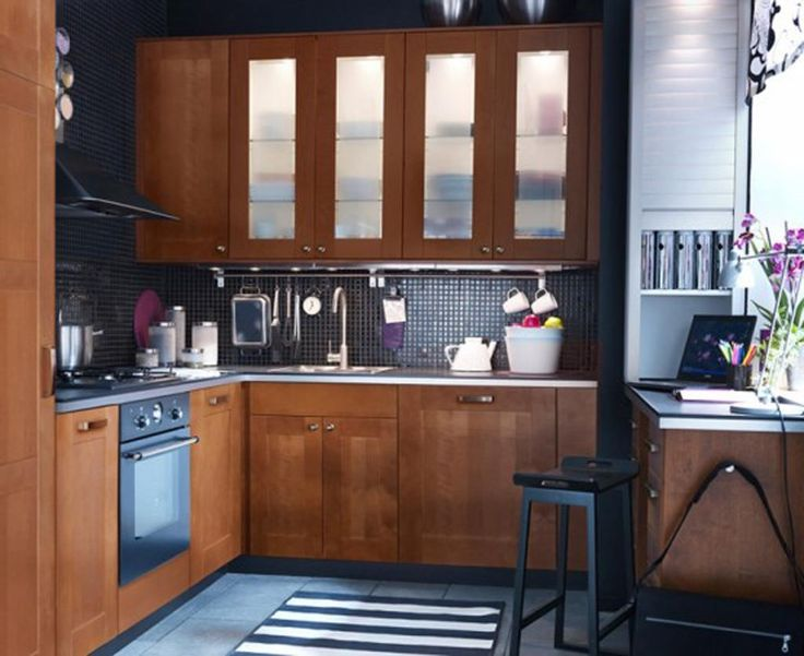 25 Best Ideas About Small Kitchens With Peninsulas On