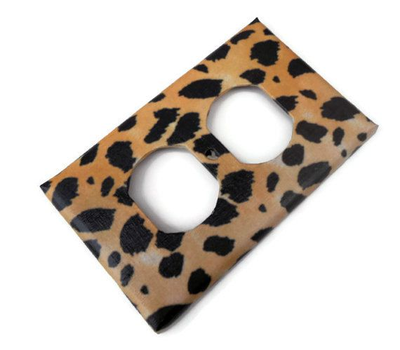 Zebra bedroom decorations zebra print bathroom and cheetah bedroom - 25 Best Ideas About Leopard Bathroom Decor On Pinterest