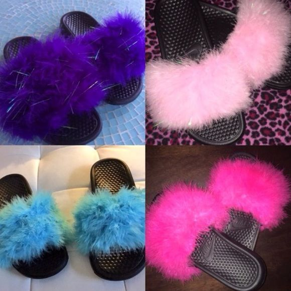 Nike Feather Slides Made to order.   -Nike slides available mainly in black or white. If you want another color, let me know. -All colors available for fur.  Please allow 3-5 days for processing.. I order the slides then go from there.  TOO ORDER: comment below with information and I will create a separate listing for you to purchase.  Size: Nike slide color: Fur color: Nike Shoes Slippers