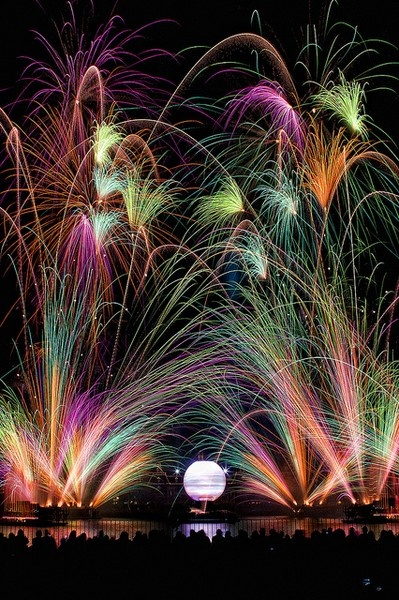 Illuminations #EPCOT #WaltDisneyWorld