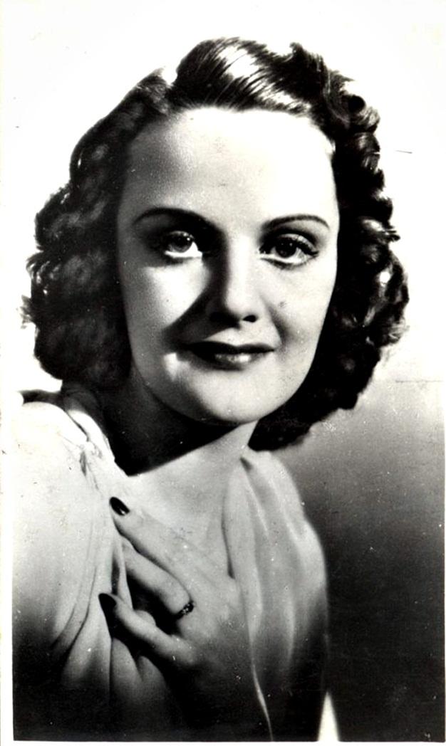 Tolnay Klári, eredetileg Tolnay Rózsi (1914-1998) kétszeres Kossuth-díjas magyar színésznő