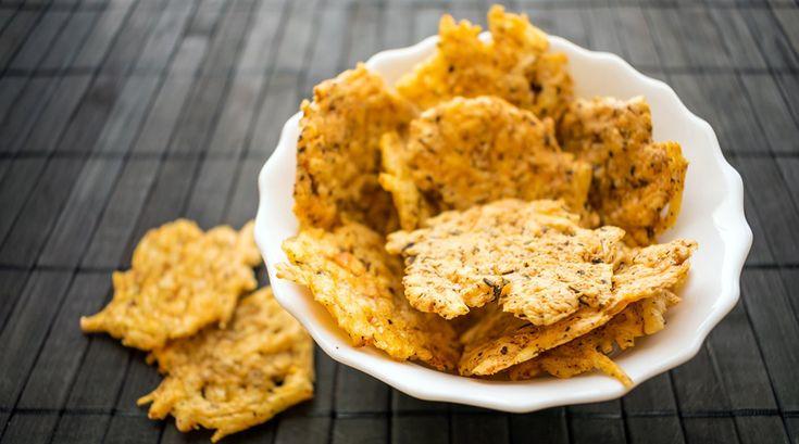 Abnehmen und Snacken: Diese Chips sind in deiner Low Carb Diät erlaubt – und du machst sie easy selber – Jana B.