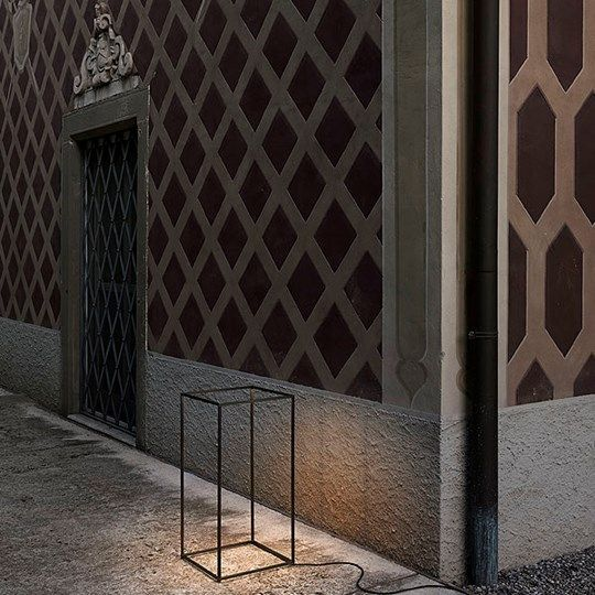 Ipnos: Discover the Flos outdoor lamp model Ipnos #flos #lichtpunt #verlichting