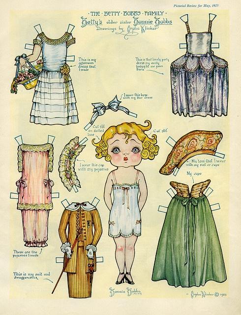 betty bobb's _ ¡Qué recuerdos! Las muñecas con vestidos recortables era uno de mis juegos preferidos cuando era pequeña.... Era la mejor forma de tener un gran armario de ropa!! jajajaja