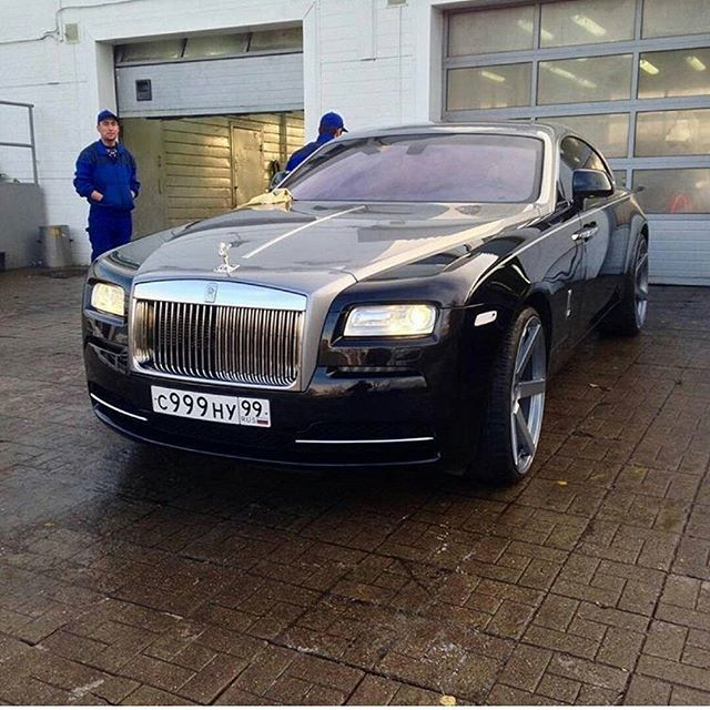Instagram media by majorka_rr_moscow77 - Rolls Royce  Wraith 1st series 👑 🔝 🔱  Like+Comment #rr #ghost #wraith #car#drophead#premium #phantom #cars #luxury #beautiful #rich #beauty #rollsroyce #rolls_royce #moscow #rollsroycemoscow #rollsroyce#2017 #photooftheday #car#dawn #royal#москвасити #royalmoscow #elite#москва #terrific#nice#follow  #like4like