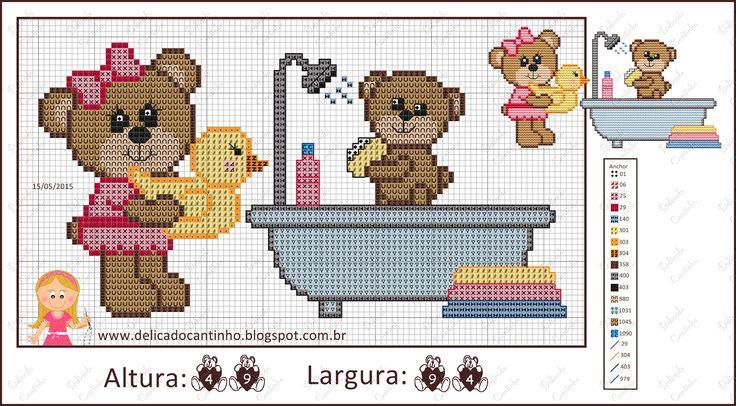 Bom dia!  Vim trazer estes ursinhos no banho. Fiz a versão mamãe dando banho em seu filhinho e também a versão papai.  Espero que gostem e q...