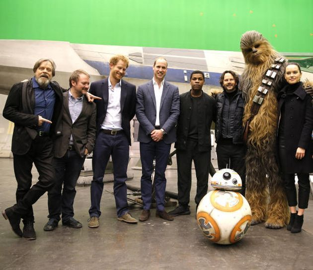 Star Wars Episode 8 : Rian Johnson casse le moule - Unification France