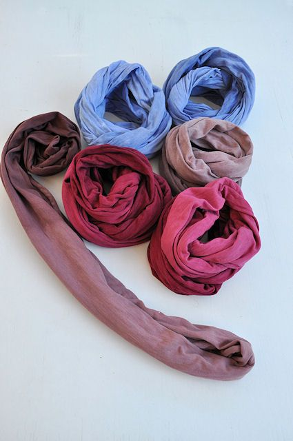 Cool DIY scarf... tshirt and dye...