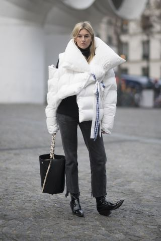 A lesson in how to look cool and stay warm