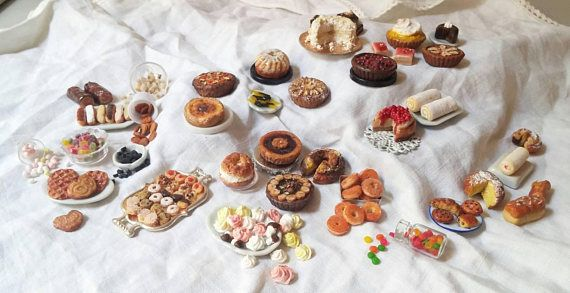 Guarda questo articolo nel mio negozio Etsy https://www.etsy.com/it/listing/562927831/pastry-candy-and-viennoserie-set