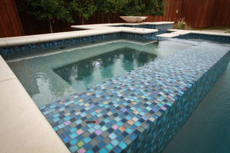 Hobert Pools & Spas provides Dallas, Rockwall & Frisco homeowners an excellent work in spa construction. Call or visit us today for a free quote!