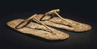 A PAIR OF EGYPTIAN REED SANDALS  NEW KINGDOM, CIRCA 1550-1069 B.C.