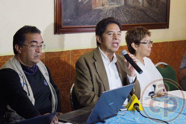 Pensionados no aceptan borrón y cuenta nueva; se ampararán ante Poder Judicial de la Federación - Al Calor Político