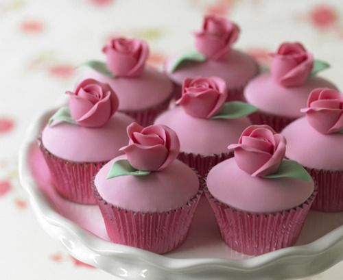 <3<3: Decor Ideas, Rose Cupcakes, Flower Cupcakes, Valentine Cupcakes, Pink Rose, Pink Cupcakes, Wedding Cake, Minis Cupcakes, Art Cake