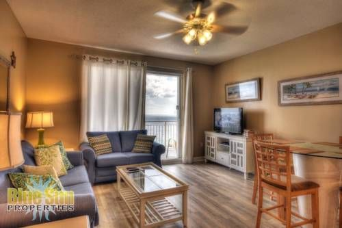 Sterling Reef 1702 Condo Panama City Beach (Florida) Situated 200 metres from Beach at Panama City in Panama City Beach, this air-conditioned apartment features free WiFi. Offering free private parking, the apartment is 600 metres from Shipwreck Island.