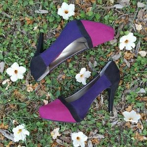 I just discovered this while shopping on Poshmark: 🐙Pink and purple suede Cato pumps🐙. Check it out! Price: $15 Size: 10, listed by noemimar