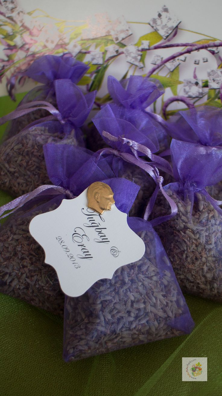 #lavender #lilac Gifts for guests attending the wedding ceremony also use bunches of lavender as decorations