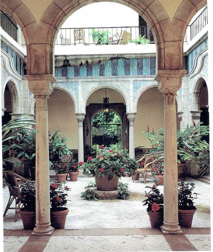 305 best images about mediterranean and spanish revival for Mediterranean courtyards photos