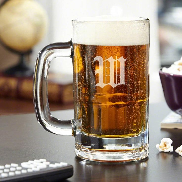 Benton Personalized Beer Mug (Clear/I) (Glass)
