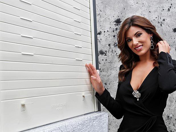 Tapparelle blindate in acciaio per appartamento: la nuova posa 2017 di Bárbara Amérigo per Officine Locati.