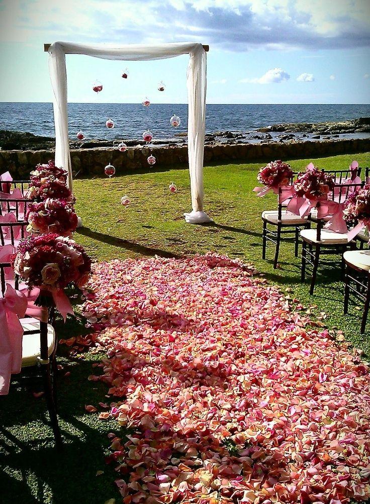 Best 25+ Outdoor Wedding Aisles Ideas On Pinterest