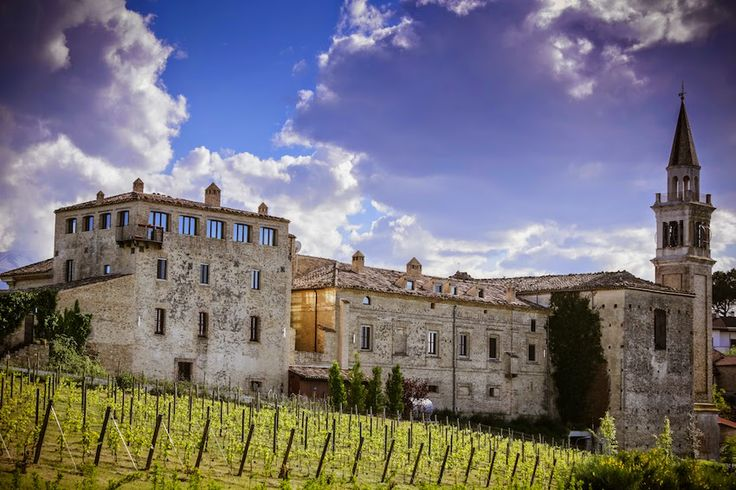 A come Abruzzo, il Castello di Semivicoli | Mauro Cantoro photography