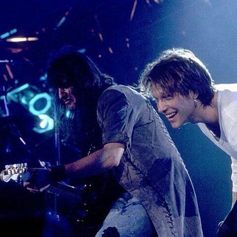 """Keep The Faith"" - One of the most fun Bon Jovi tours. Richie Sambora and Jon Bon Jovi rockin out! @bonjovi_insiders | Instagram"