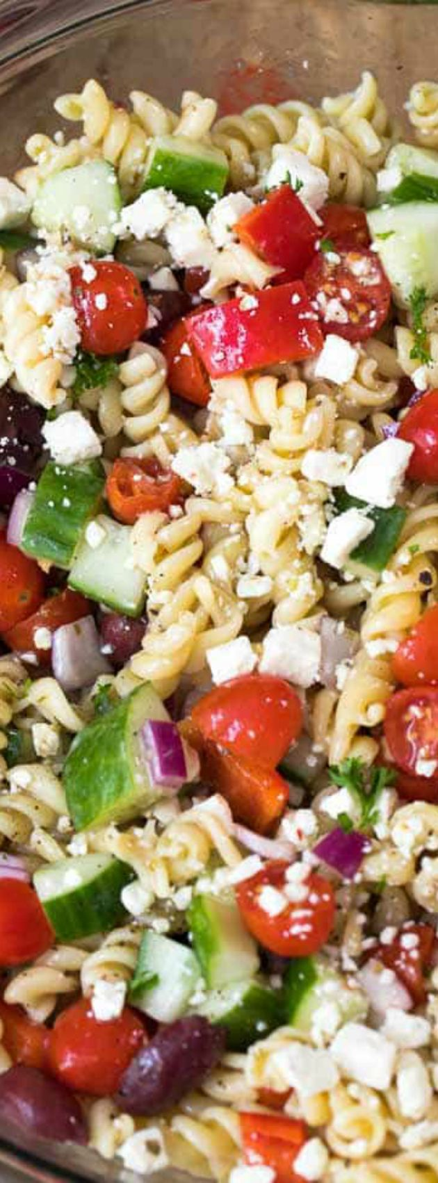 EASY GREEK PASTA SALAD From Spend with Pennies -- Part of our THE BEST PICNIC AND POTLUCK RECIPES