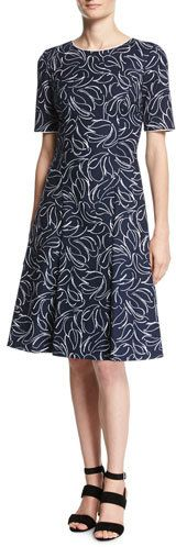 Oscar de la Renta Short-Sleeve Floral Jacquard Dress, Blue/White