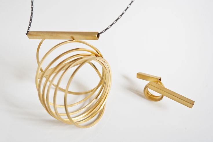 "Erato Kouloubi jewellery -Collection  ""The origin of symmetry"" serie : ""irreversible"""