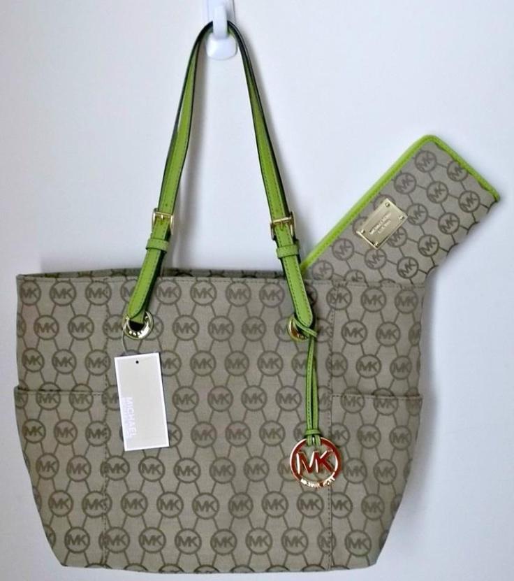 Cartera y bolsa marca Mk