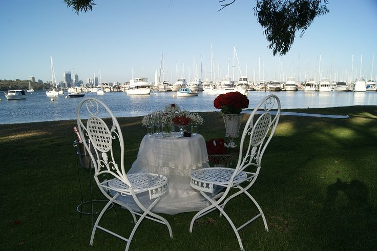Table for Two set up at Matilda Bay Reserve.