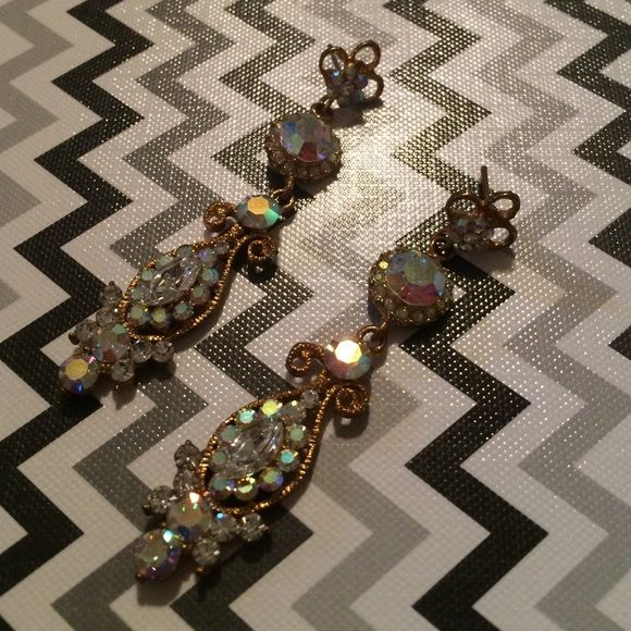 Pageant earrings Used once. Very beautiful. Jewelry Earrings