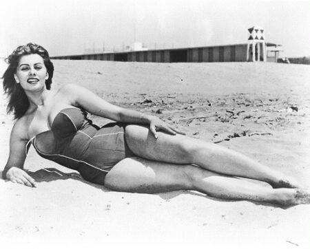 Sophia Loren #vintage #beach