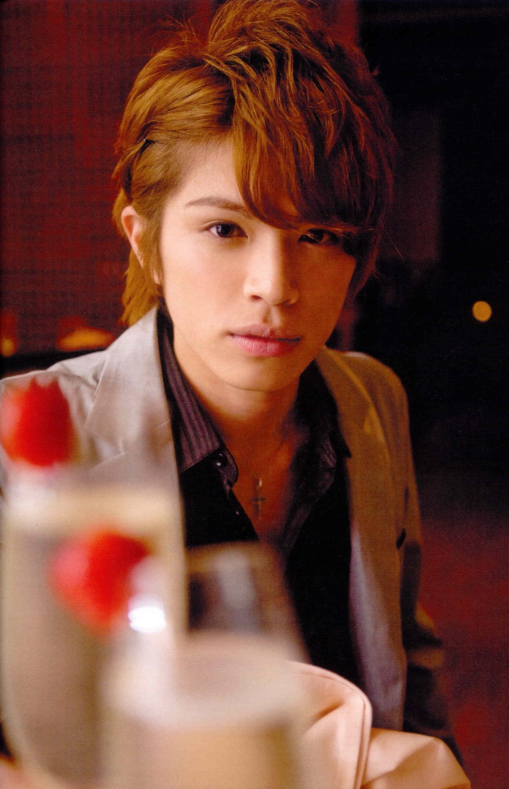 Yamamoto Yusuke - very fine japanese actor famous for drama's such as Hana Kimi, Taiyo to umi and Rescue.
