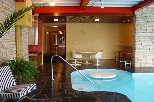 Indoor pool, someday! Kitchens Interiors, Pools Area, Mid Century Modern, Indoor Pools, Design Kitchen, Pools Parties, Monks, Mid Century Home, Midcentury
