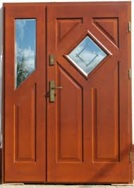 Znalezione obrazy dla zapytania drzwi drewniane