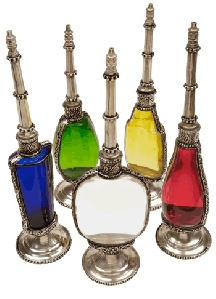 Love!!  Gorgeous potion-bottles.