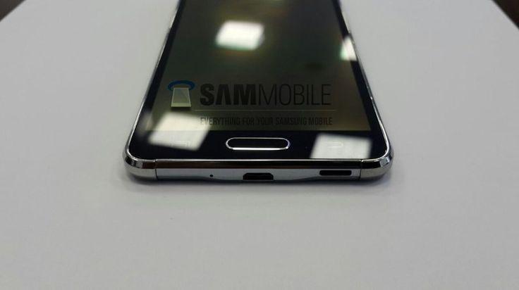 Galaxy Alpha lijkt een kleine USB aansluiting te hebben niet Samsung's USB3 oplossing