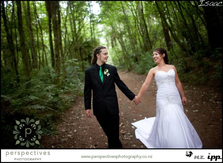 rotorua redwoods aorangi peak wedding photos